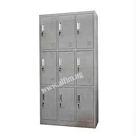 9 door factory lockers